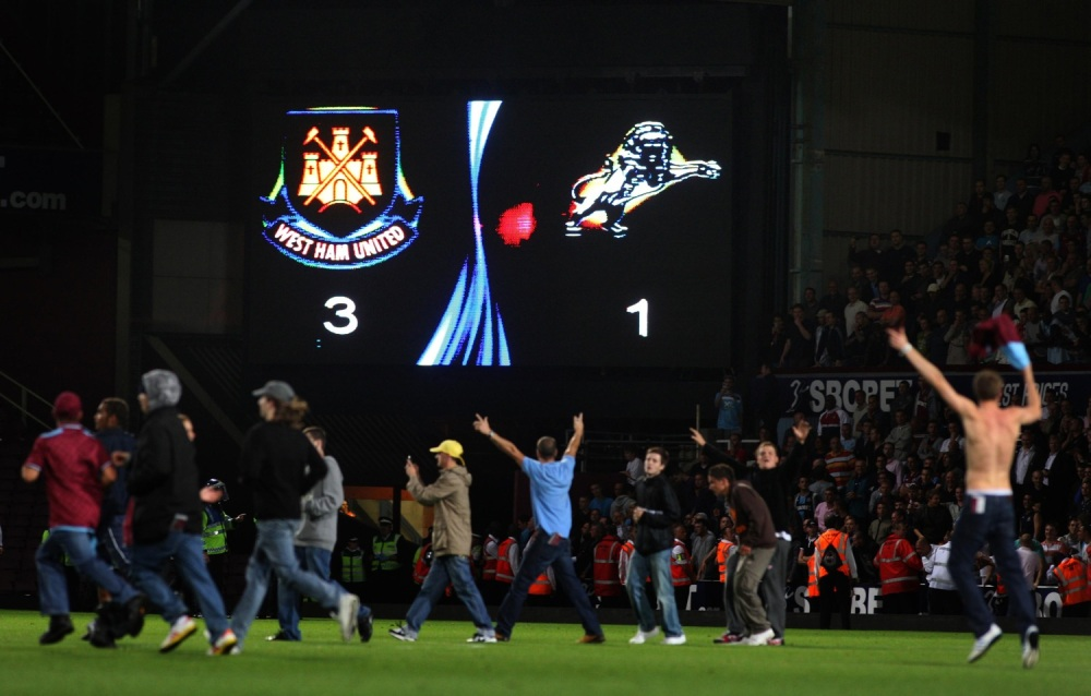 Soccer - Carling Cup - Second Round - West Ham United v Millwall - Upton Park