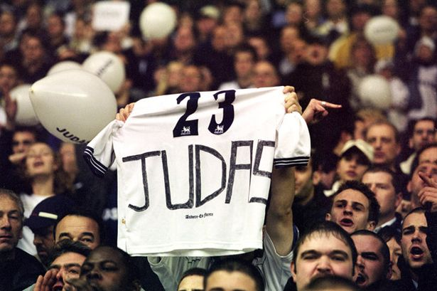 17-Nov-2001-A-Spurs-fan-makes-his-feelings-clear-over-the-departure-of-Sol-Campbell-to-bitter-rivals-Arsenal.jpg