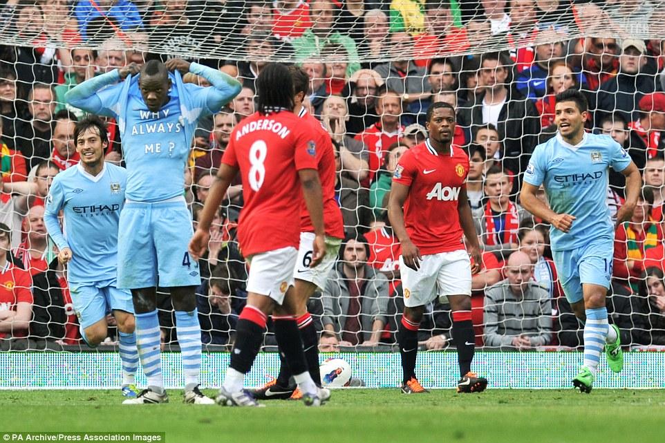 1414523220693_wps_2_Manchester_City_s_Mario_B.jpg