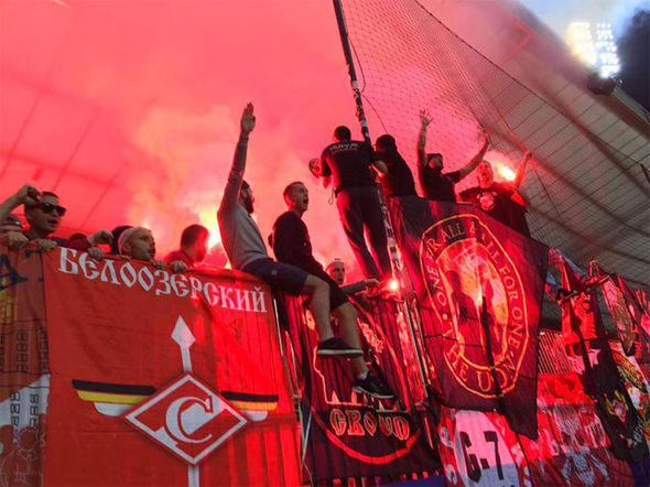 Spartak-Moscow-fans-1064632.jpg
